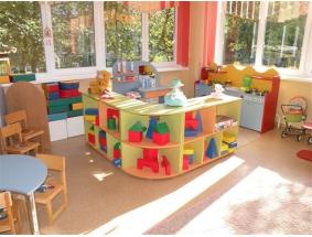 Мебель для занятий и игровая мебель.